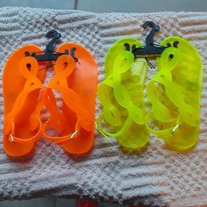 Set of 2 pairs Slingback thong sandals Size M(1-2)